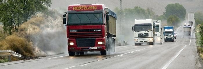 Velocidad y exceso de horas de conducción, las infracciones más cometidas